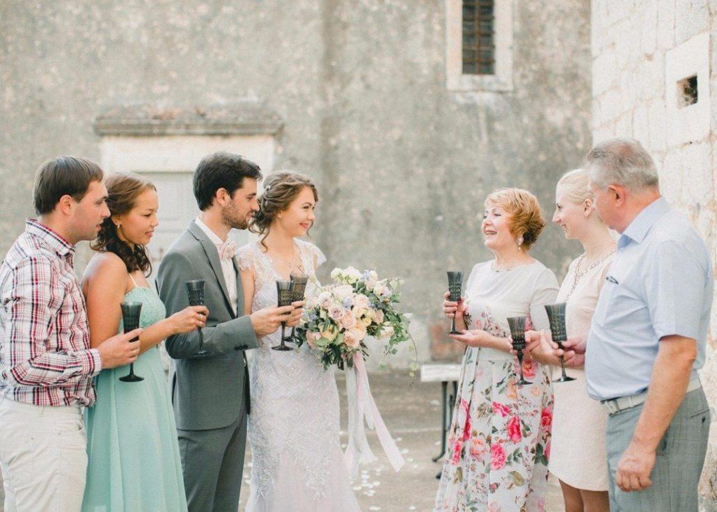 Свадьба - гости из других городов - статья Антона Белого